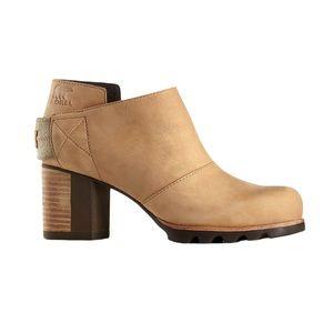 NWOB Sorel Addington Strap Boots Women's 9.5